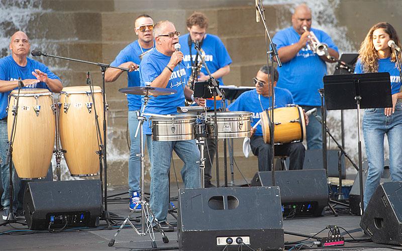 Latin Swing se presenta el 21 de septiembre durante la celebración del Mes de la Herencia Hispana en el Parque Dr. Martin Luther King Jr. en Rochester.