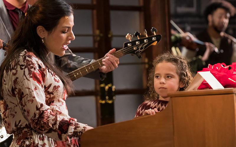 """Kennedy Kleps, de cinco años, actúa en la producción de """"Once"""" del Teatro Geva, que se estrenó a fines de febrero."""